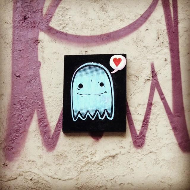 E a vontade de tirar esse quadrinho do muro e levar pra casa? #streetart #streetartRio