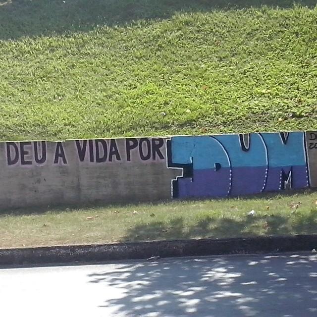 Muito obrigado, mas não era pra tanto #dum #instagrafite #graffiti #montana94 #artederua #arteurbana #graffiticarioca #streetart #streetartrio #arteruario #catumbi