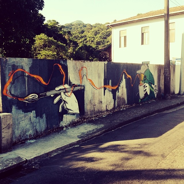 Pintura de hj , uma nova fase de experimentação. Um salve especial para o amigo @ftdiniz que esteve presente fazendo umas fotos. #painting #draw #graffiti #instagraffiti #pintura #fame #fameone #altodaboavista #florestadatijuca #streetartrio #nrvo #betofame #tijuca #riodejaneiro #brasil #brazil