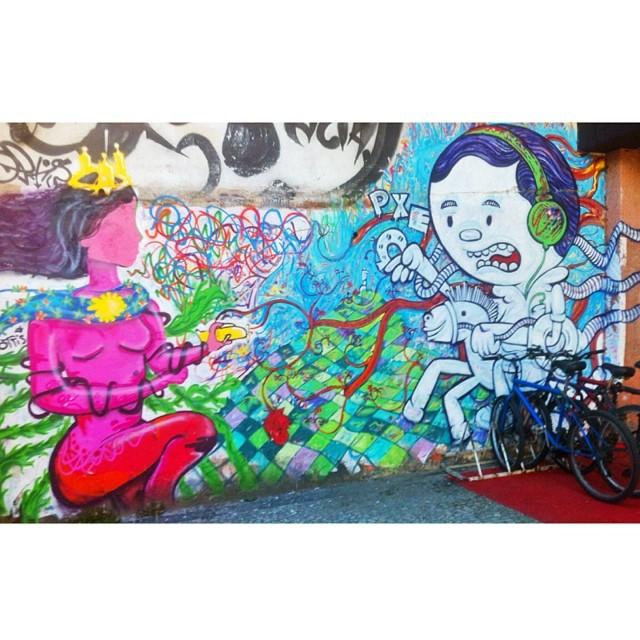 Revisitando minhas fotos, dia desses em ipanema #graffiti #arte #streetart #streetartrio #rio #riodejaneiro #rioetc #tonoadorofarm #comosercarioca