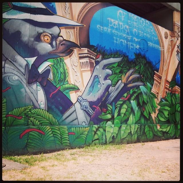 #StreetArtRio grafite gigante, só da para pegar inteiro tirando foto do meio da rua