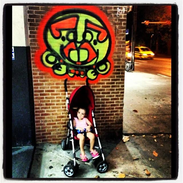 role noturno #pinkgirl #djonereal #streetartrio #streetartrj #sockppxi @marygirlstyle