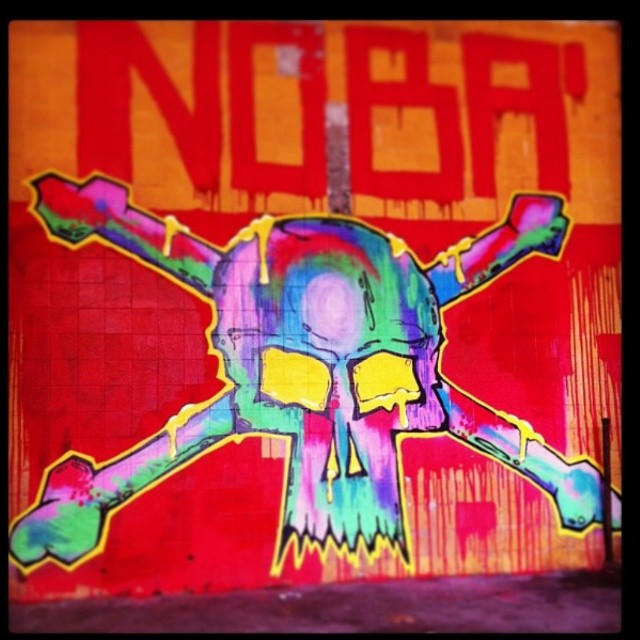 #ruasdazn #nobã630 #terrorzn #meusrolés #streetartrio #artistasurbanoscrew #ipr #penharj #instagraffiti #graffitirj #graffitiart #colors #tintanosmuros