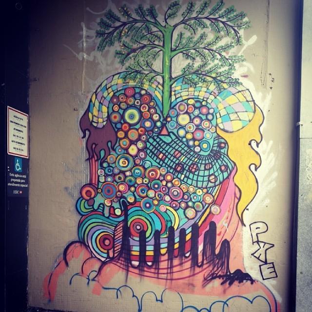 Deixe o amor florescer #grafitti #grafite #artederua #streetartrio #streetart