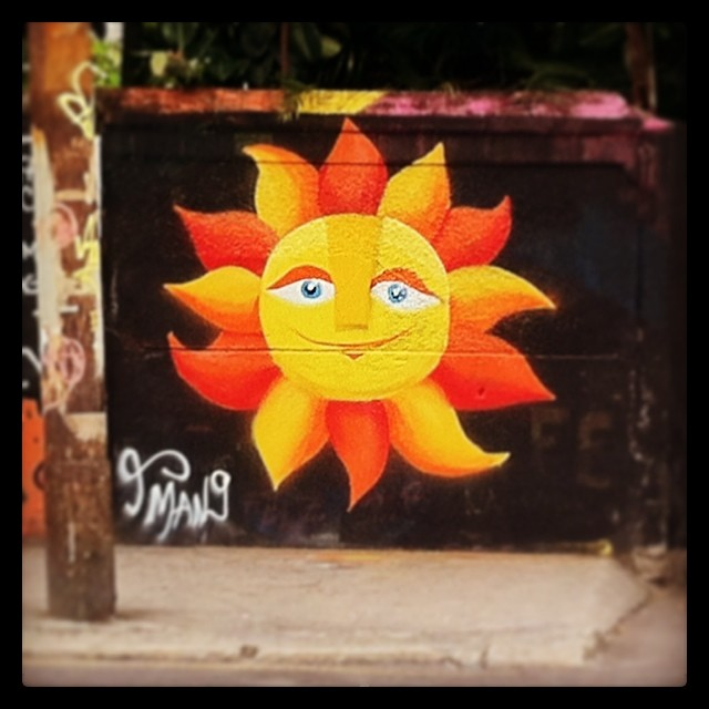 Here it comes #sun #spray #sprayart #streetart #streetartrio #instagrafite #instagraffiti #montana #mtn #arteurbana #colorgin #urbanart #grafite #graffiti #beatles