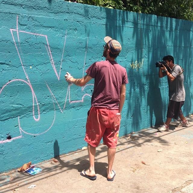 #MrMesyo and @madeira_photo in tha house!! #santacrew #santacrewwalloffame #familiasantacrew #graffiti #streetartrio