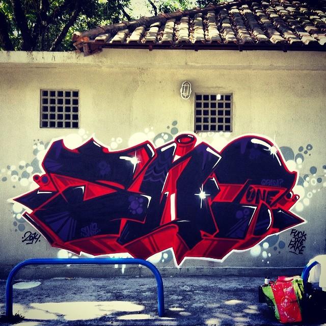 Pré bloco. Fuck the fake. #streetartrio