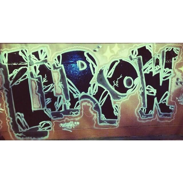 Society attack ! #streetartrio #streetart #engenhodedentro #graffgang #graffiti #brazil #riodejaneiro #helldejaneiro #morethangraffiti