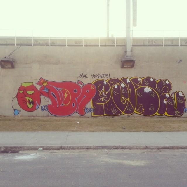 The monster #artistasurbanoscrew #streetartrio #bomber #instagraffiti #graffitirj #nobã630 #poder #ipr #instario #riodejaneiro #zonanorte #terrorzn @poderafro