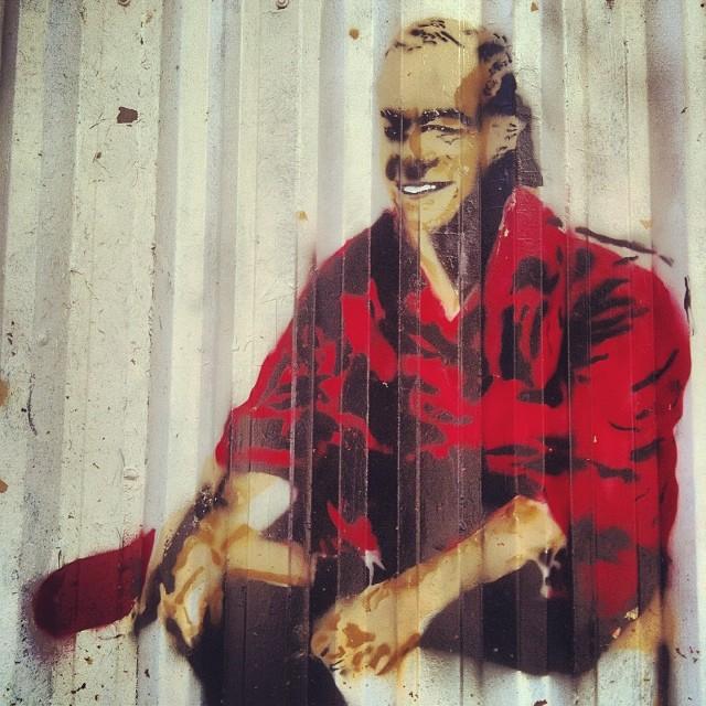 Vinícius de Moraes de patrão, como sempre. #streetartrio #viniciusdemoraes #poetinha #garotadeipanema #itamaraty