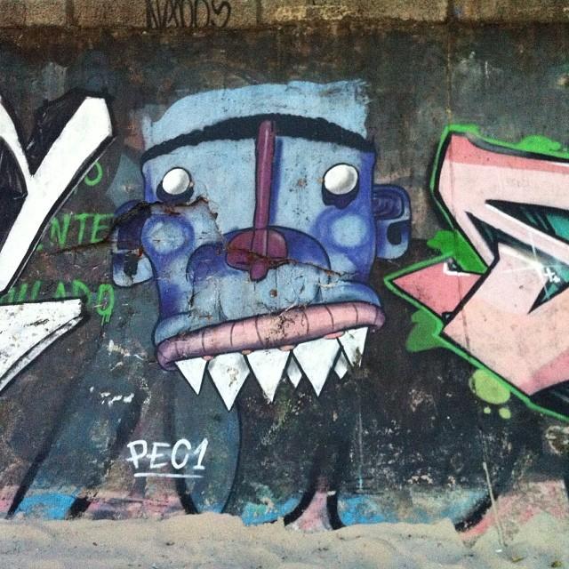 #streetartrio #artpop #artepopular #streetart #streetartist #streetartshots #grafite #grafiteart #grafitebrasil #urbanwalls #sprayart #urbanart #instarepost #ilovesstreetart #rsa_graffiti #rsa_photo_of_the_day #instagrafite