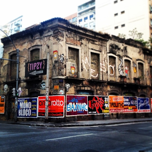 Boo 8-bitch project #boo #8bitchproject #8bitch #StreetArtRio #ArteRuaRio #RJStreetArt #RioStreetArt #StreetArt #StreetArtBrasil #StreetArtBrazil #8bit #UrbanArt #ArtedeRua #ArteUrbana #InstaGraffiti #InstaGrafite #PixelArt #Pixel