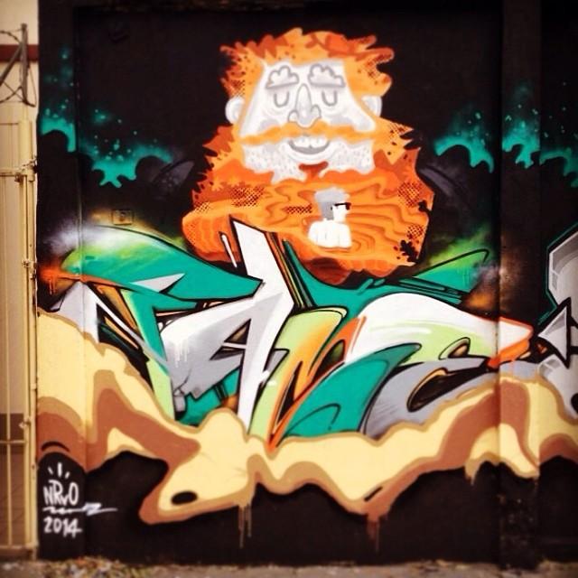 Cash e Fame! #aeg #nrvo #carvas #streetartrio #tijuca