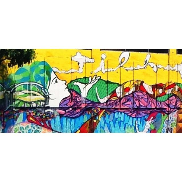 Mais uma de amor #streetart #streetartrio #GaleRio #arte #art #arteurbana #riodejaneiro #delcastilho #rio #rioetc #tonoadorofarm #comosercarioca #cor