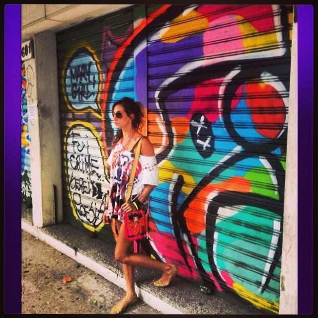 #sunday #feira #jb #graffiti #djonereal #styling #marygirl #artcollective @idolnoproject #artederua #streetart #streetartrio #streetstyle #idolnostyle #artespray #colors #freestyle