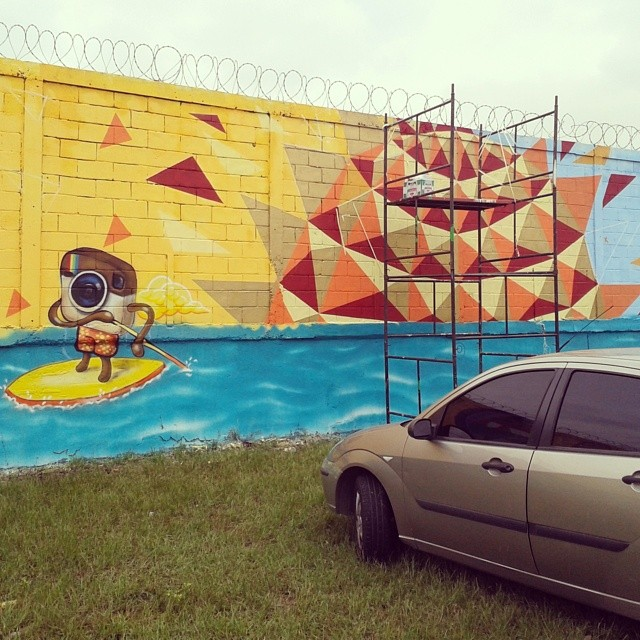 Apesar de nublado hj foi dia do #sol ! #grafitti #graffitiart #galerio #instagraffiti #eixorio #sun #streetartrio