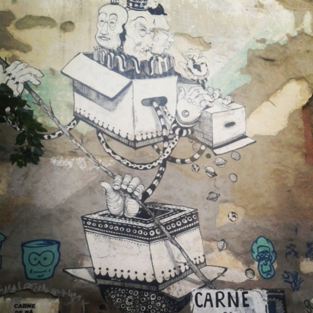 San na rua do Lavradio - oldie but goldie! @danielmunoz_san #san #graffiti #streetartrio