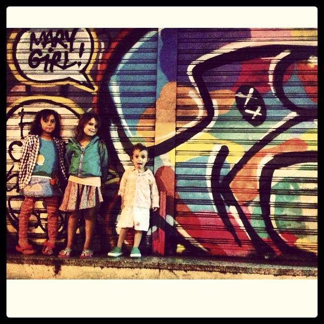 #mm #bubu #pinkgirl @marygirlstyle #djonereal #streetart #streetartrio #graffiti