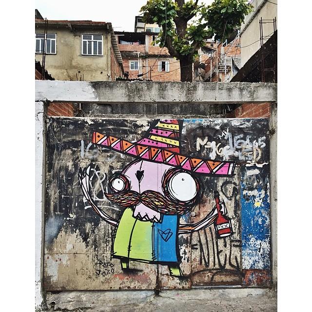 @rafocastro + João  #grafiteladeiraacima #streetartrio