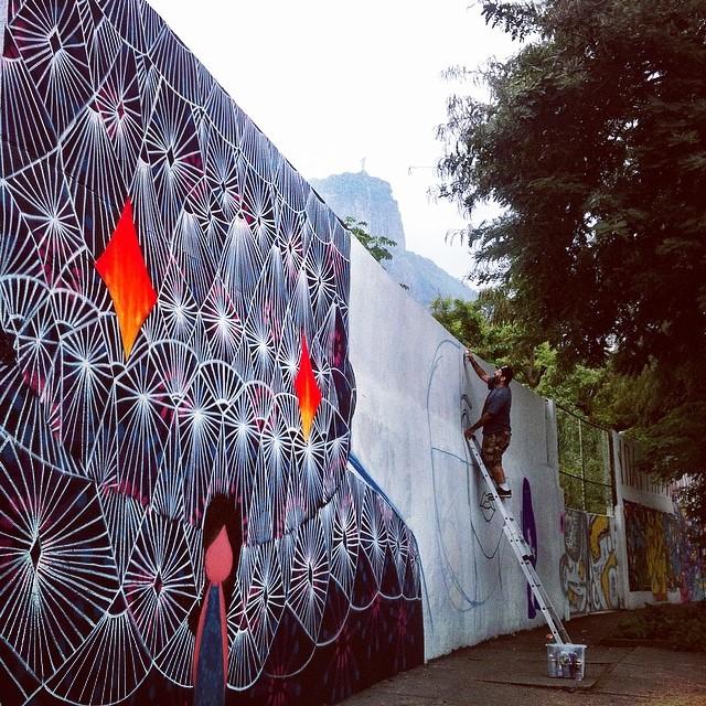 @tozfbc e aofundo @piafbc em construção no JB #streetartrio #urbanart