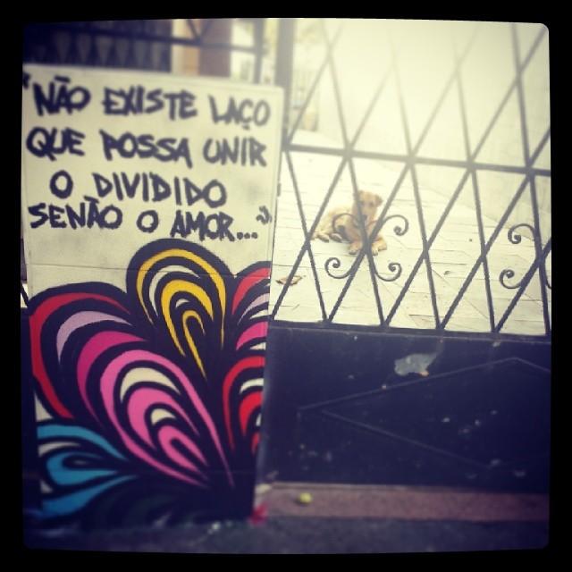 ALEISTER CROWLEY #flowers #flor #graffitigils #graffiteiras #graffiti #julianafervo #amor #errejota