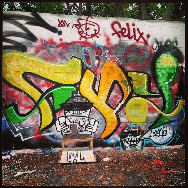 Cody #graffitishot #graffitiporn #graffiti #graffitilovers #graff #graffbex #graffitichannel #graffitiworld #streetarteverywhere #streetartarchive #streetart #streetartrio #streetartandgraffiti #klotter #cityart #urbanwalls #urbanart #urban_graffiti #instagraffiti #instagraff #ilovebombing #piece