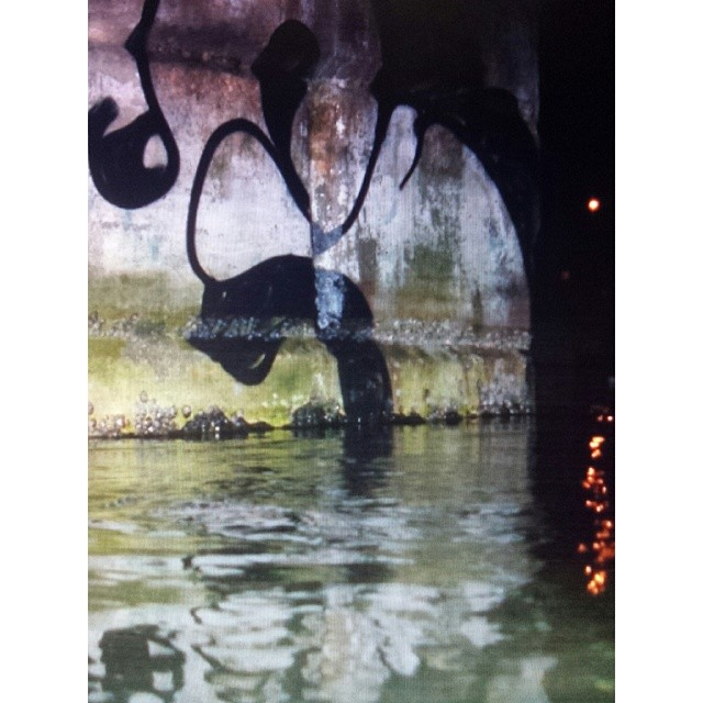 #Gloye #graffiti #graffitirio #artes #artederua #streetart #streetartrio #paint #bomber #throwup #classicletters #fineart #estilodepintar #Brazil #!