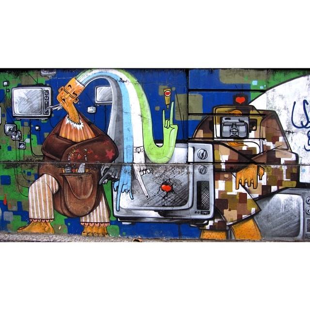 #InstaSize #streetartrio #artpop #artepopular #streetart #streetartist #streetartshots #grafite #grafiteart #grafitebrasil #urbanwalls #sprayart #urbanart #instarepost #ilovesstreetart #rsa_graffiti #rsa_photo_of_the_day #instagrafite #artederua #grafiti #spraypant #graffrio #arteurbana #dsb_graff