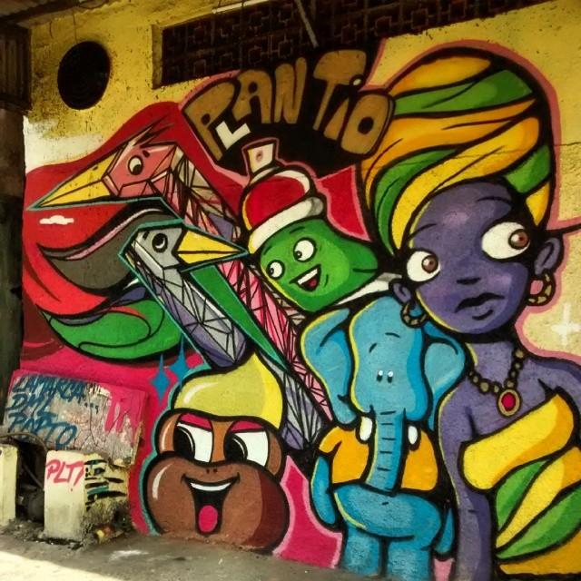 My crew #PLANTIOCREW #streetartandgraffiti #streetartrio #graffiti #graffitiart #spraypaint #streetart #urbanartrj #arteurbana #art #aerosol #riodejaneiro #borel #graff #instacolors #instagrafite #photooftheday #DmL #Plt #rj