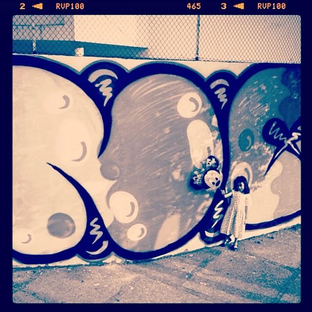NO #mm #minnie #djonereal #streetartrio #streetart #graffiti #tagsandthrows @marygirlstyle