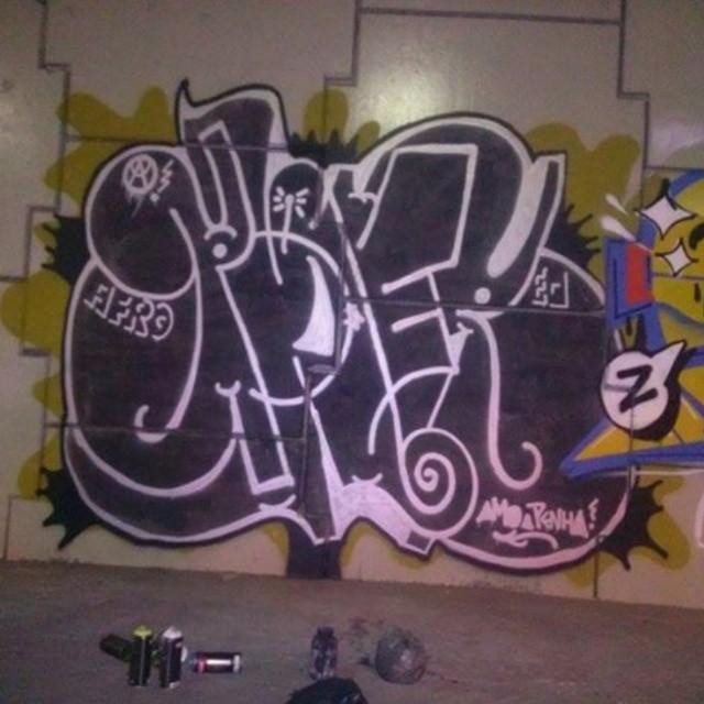 Penha #tagsandthrows #bomberj #estiloriginal #StreetArtRio #imagempublicadarebeldia #ruasdazn