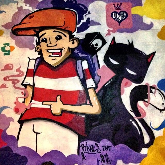 Pequena participação na pintura do meu irmão @bivup #bives , máximo respeito junto com os parceiros @denne72 @rodrigo_villas e #nitcho , BIG UP! ONE LOVE!Onde está wally?  #streetartrio #instagrafite #graffiti #riodejaneiro #rio #rj #mentone #marceloment