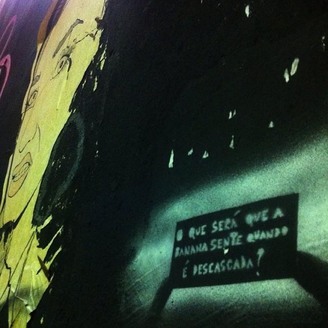 Pergunta pertinente. #stencil #streetartrio