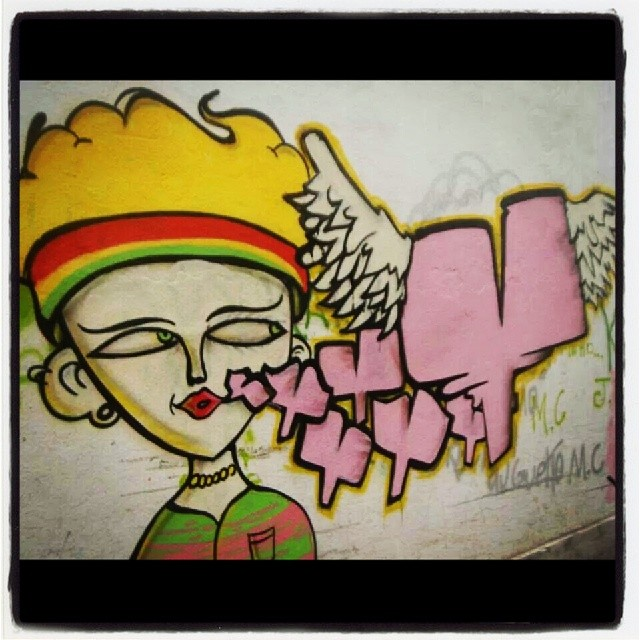 Pintura feita no #ppg com my brotha @amorifiquese mta satisfação pra galera de lá, povo trabalhador humilde e honesto, quem deveria ser valorizado é tratado como rato. #graffiti #art #favela #comunidade #art #arteconteporanea #spraypaint #spraydaily #RiodeJaneiro #Brazil