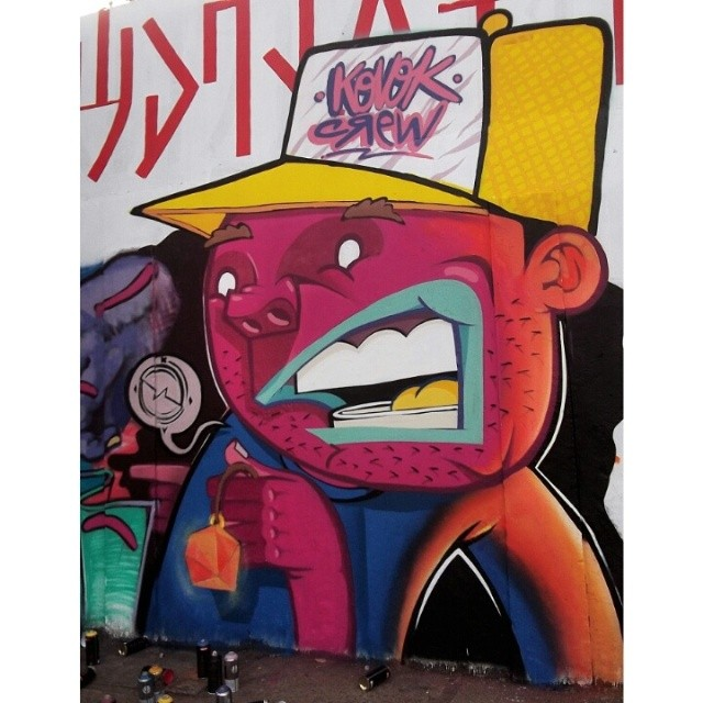 Pintura no muro do CAP lagoa. #fleshbeckgrill #kovokcrew #lifekvk #streetartrio #graffiti #streetartandgraffiti
