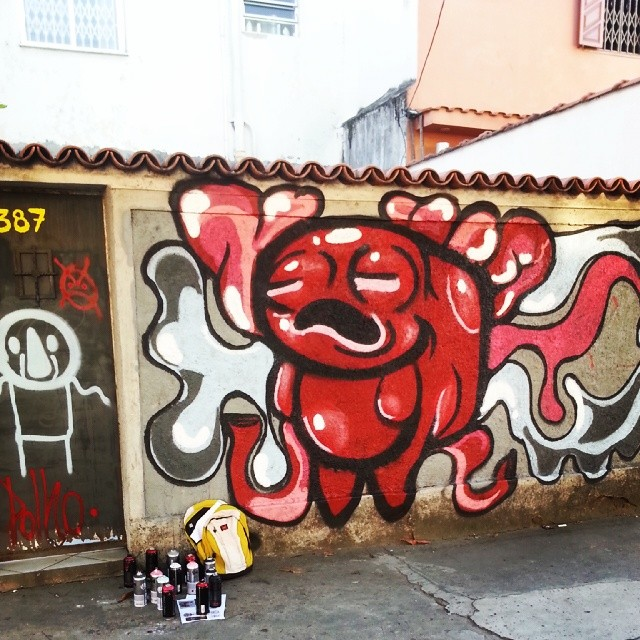 Polhada violentíssima #polho #streetartrio