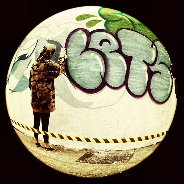 #action @dicoutof #lets @thafunkstyle @hellogabriel_7 #fleshbeckgrill #streetart #streetartrio #graffiti