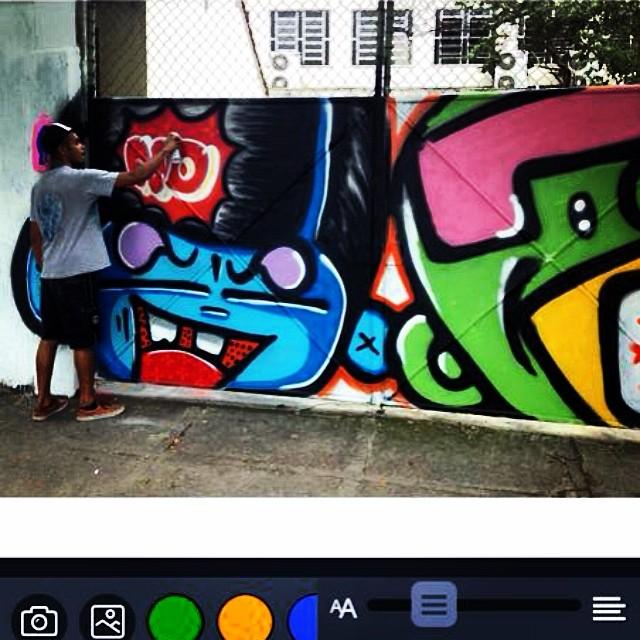 #action @sockppxi & #djonereal #fleshbeckgrill #streetartrio #streetart #graffiti #jb #photo @marygirlstyle