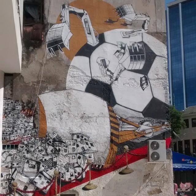 #grafitti #streetartrio #streetart #copa2014