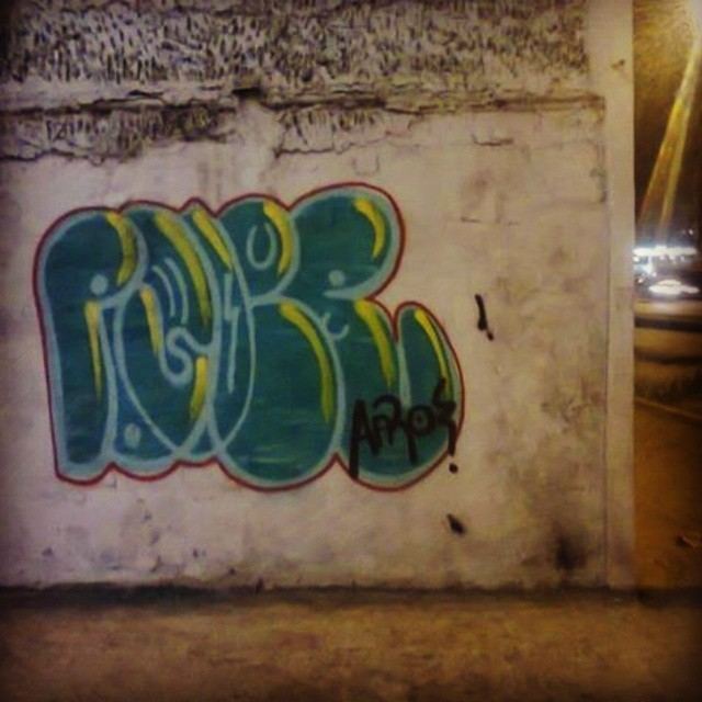#poderafro no caju av brasil #bomberj #vandal #carreirasolo #ruasdazn #StreetArtRio #tagsandthrows #graffitirj