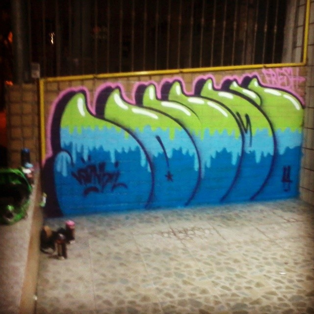 #sonbil #graffitirj #ruasdazn #streetart #streetartrio #brazil #ilha Home...