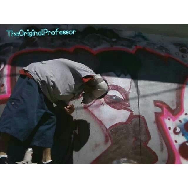 2010 backyard painting chilling summer kickbacks Broken arm or not im in the painting mood im painting owwie jaja #artlife #inspiration #inspired