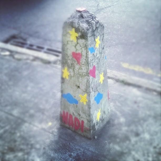Colorindo a Tijuca. Chega de destruição. #Nadi #Tijuca #streetart #streetartrio #urbanart #stars #Love #monstrodanuvem