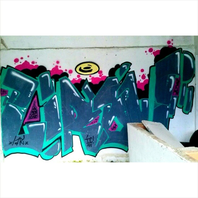 Então toma ! #streetartrio #streetart #writer #vandal #riodejaneiro #ruasdazn #mariadagraça #ruabarcelona #graffiti #ic