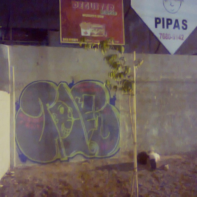 Madureira #carreirasolo #estiloriginal #tagsandthrows #ruasdazn #imagempublicadarebeldia #classicbomber #poderafro #StreetArtRio