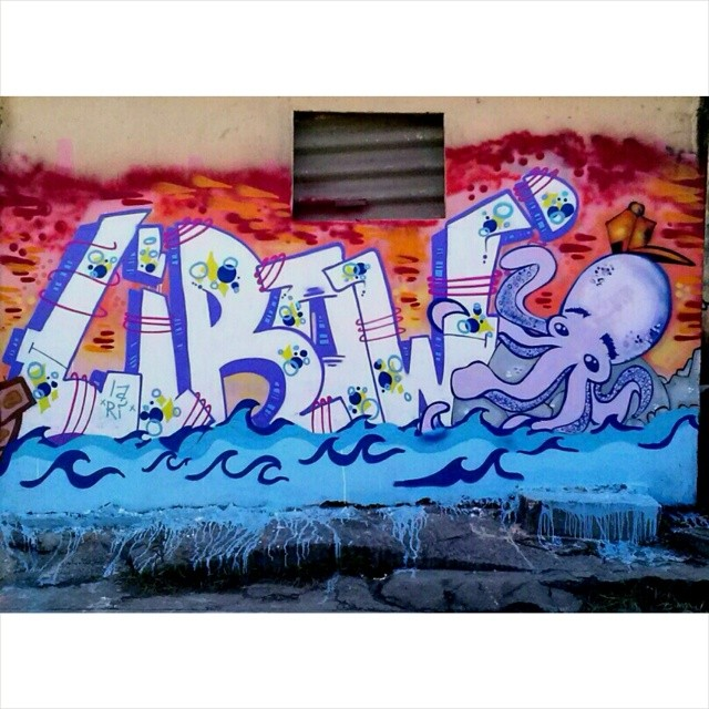 Mar em fúria #writer #letters #streetartrio #streetart #graffiti #favela #ruasdazn #complexodamaré #morrodotimbau #ic #letras