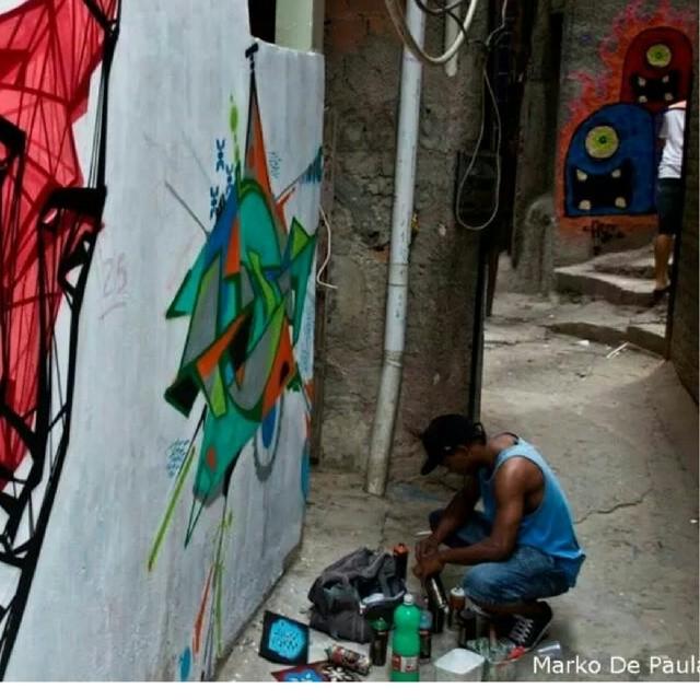 Monstrinhos do beco!! #StreetArtRio #Galerio #Graffiti #Rocinha #RJ #ASF