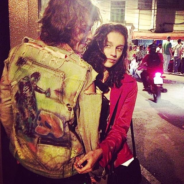 My crew!!! #bg @bru_olive & @pedroalvesfr #jacket #custom #artespray #stencil #principevalente  #spraycanart #artcollective @idolnoproject  #arteurbana #artederua #streetart #streetartrio