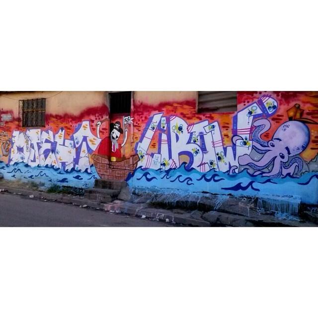 Piratas do caribe #streetartrio #streetart #writer #graffiti #ic #riodejaneiro #complexodamaré #brazil #pintacomoeupinto? #fuckthepolice