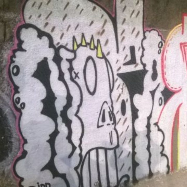 Rolezin de leve pro sabado não passar em branco ;) #artistasurbanoscrew #streetartrio #ilovebomb #bomb #writers #streetwriters #graffitiwriters #suburbiocarioca #zonanorte #olaria #ruasdazn #ilovegraffiti #graffiti #instagrafite #streetartbrasil #amoarte